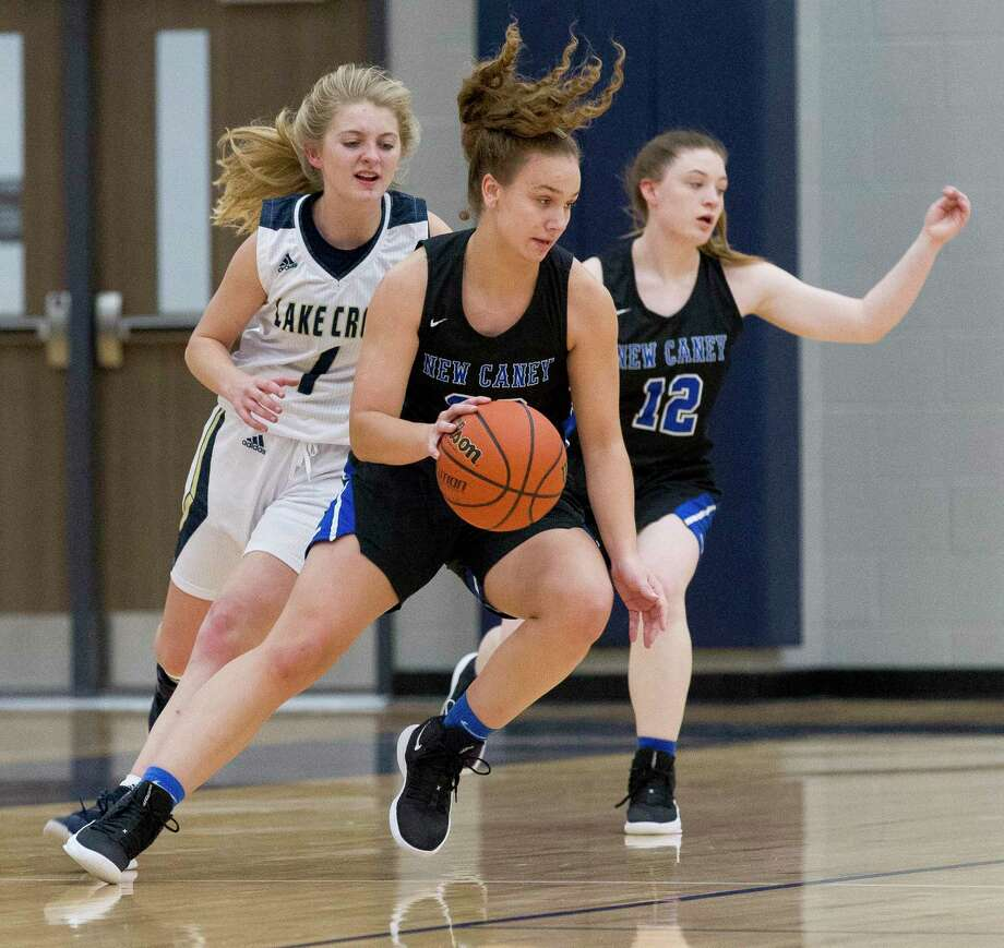 New Caney power forward Abigail Lynch (30) was a first team all-county player in 2018-19. Photo: Jason Fochtman, Houston Chronicle / Staff Photographer / © 2018 Houston Chronicle