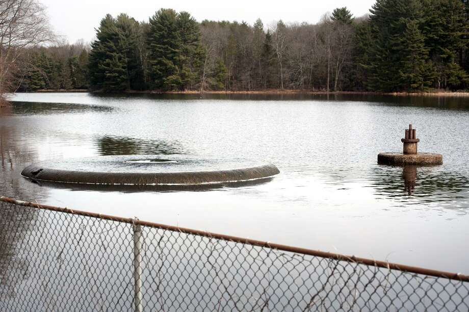 Connecticut Water Service and the California-based SJW Group have withdrawn the current application for their merger before state utility regulators, but officials with the two utilities say they haven't decided whether to abandon the multi-billion dollar deal. Photo: Ned Gerard / Hearst Connecticut Media / Connecticut Post