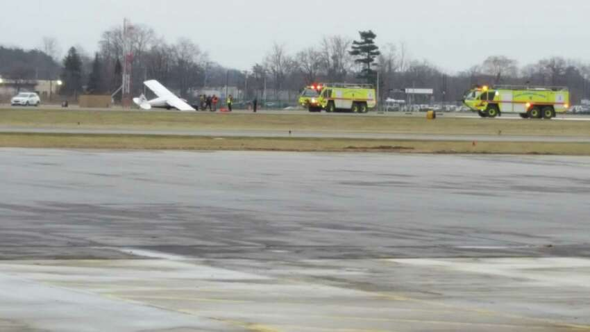 A plane was damaged during a landing Dec. 15, 2018. (Brian I. Houle I.P.A./ Special to the Times Union)