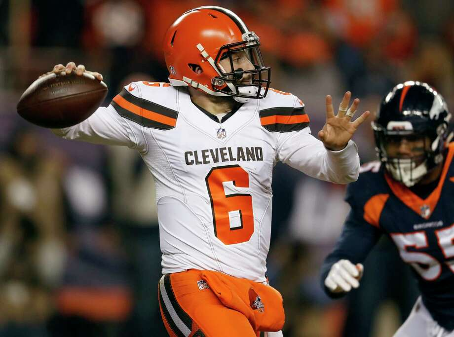 Cleveland Browns quarterback Baker Mayfield (6) passes as Denver Broncos outside linebacker Bradley Chubb (55) pursues during the first half of an NFL football game, Saturday, Dec. 15, 2018, in Denver. (AP Photo/David Zalubowski) Photo: David Zalubowski / Copyright 2018 The Associated Press. All rights reserved