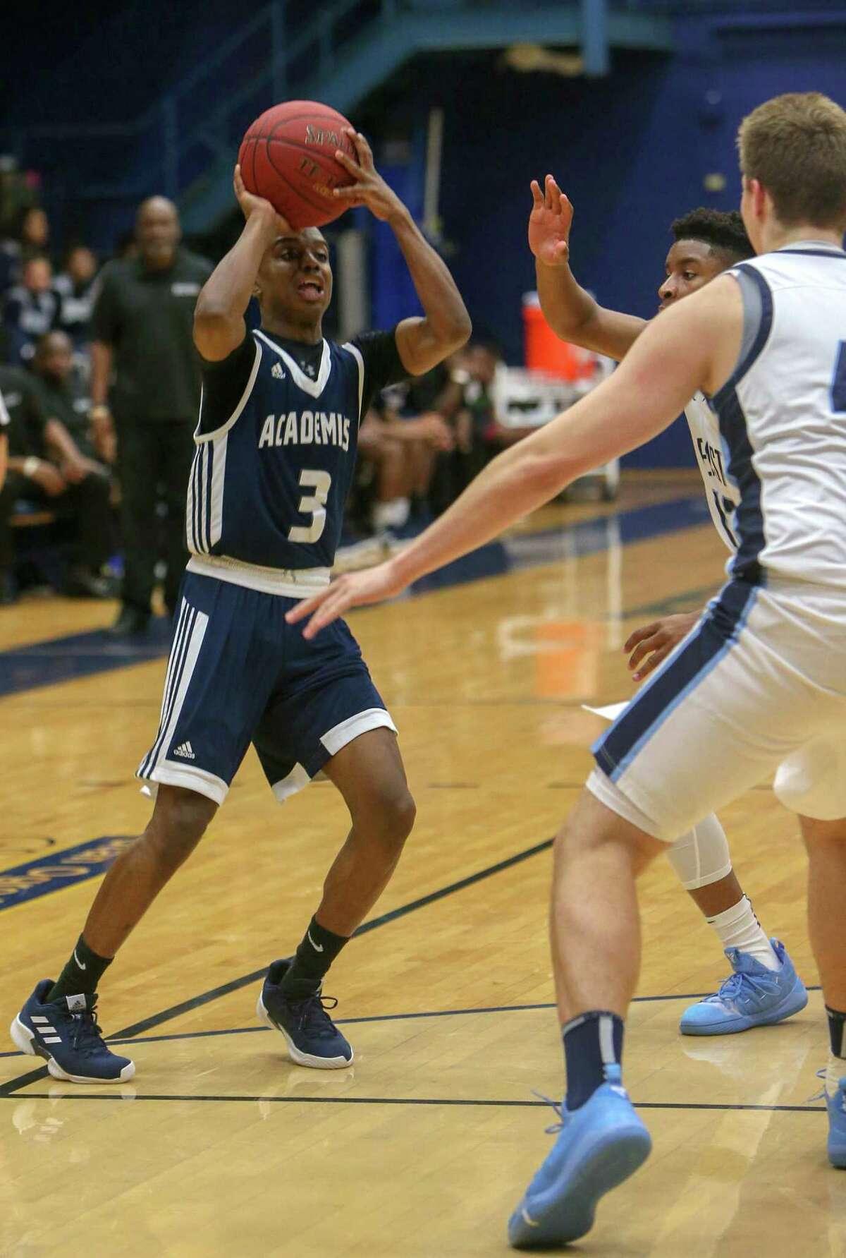 Hillhouse High School?'s Ta?'zhon Daniels takes a shot during the GHPA High School Basketball Classic against East Catholic High School at Trinity College in Hartford on Saturday, Dec. 15, 2018.
