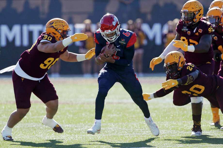 Fresno State quarterback Marcus McMaryion (6) runs for a gain against Arizona State during the first half of the Las Vegas Bowl NCAA college football game, Saturday, Dec. 15, 2018, in Las Vegas. (AP Photo/John Locher) Photo: John Locher / Copyright 2018 The Associated Press. All rights reserved.