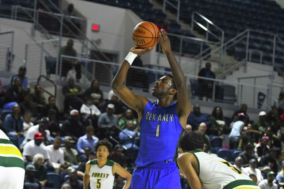 Dekaney (1) Malcom Epps made shots all over the floor, even making the game winning 3 points basket with 2 seconds left in the game, in a highly contested game against Klein Forest Photo: Tony Gaines/ HCN, Staff / HCN / Houston Chronicle