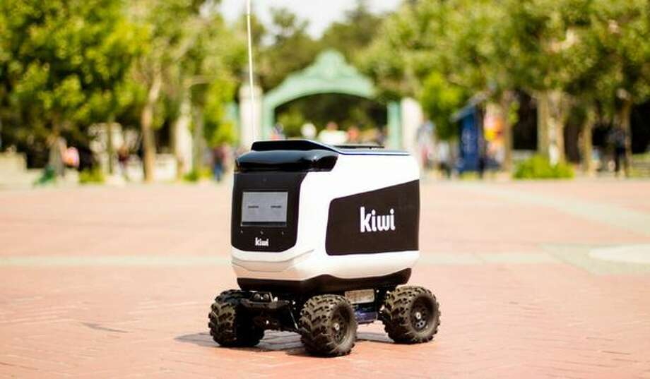 A Kiwibot robot in action on the UC Berkeley campus. Photo: KiwiBot
