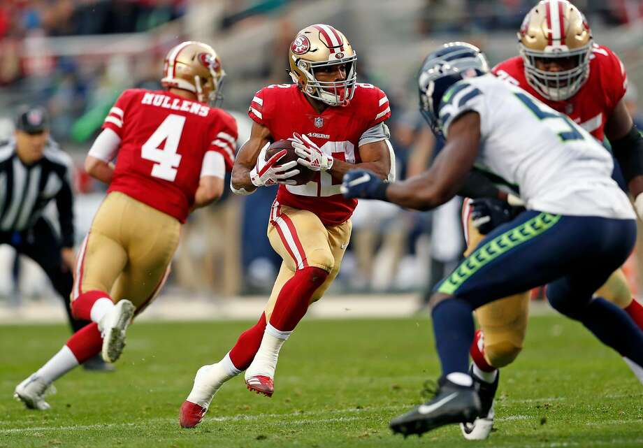 San Francisco 49ers' Matt Breida rushes in 2nd quarter against Seattle Seahawks during NFL game at Levi's Stadium in Santa Clara, Calif. on Sunday, December 16, 2018. Photo: Scott Strazzante / The Chronicle