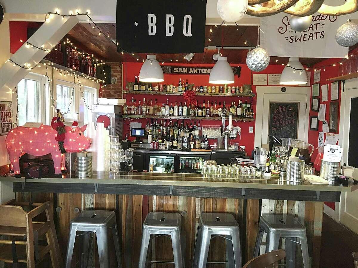 The bar at Alamo BBQ Co.