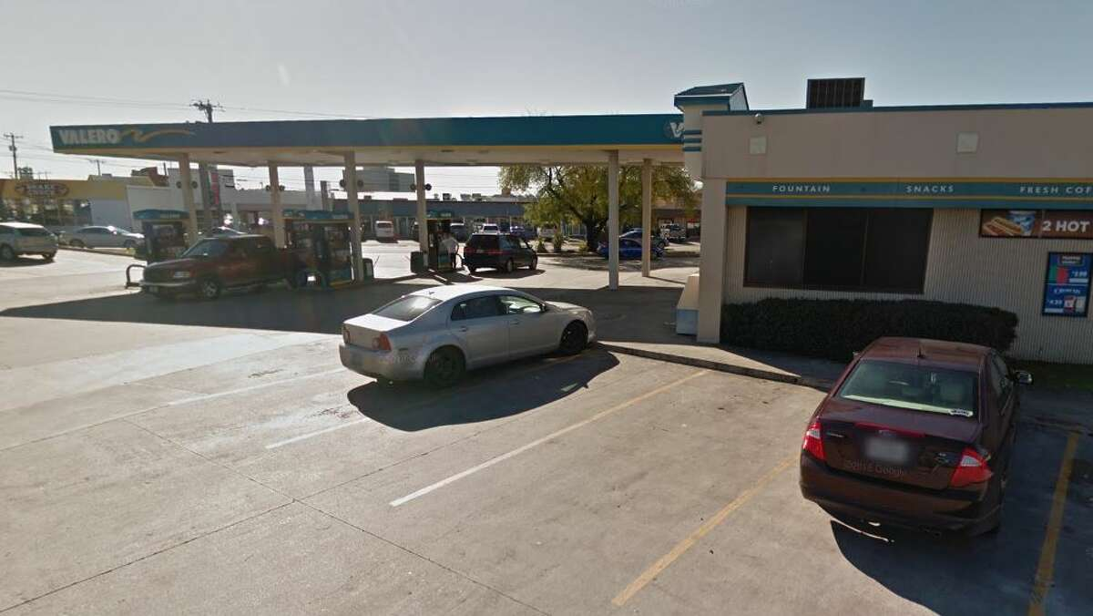 Valero Location: 7203 Blanco  Dates: Nov. 1, Nov. 6 Number of skimmers found: 7