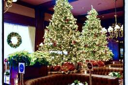 Holiday decor at Harris Restaurant for the Matarasso-Shansby lunch. Dec. 5, 2018.