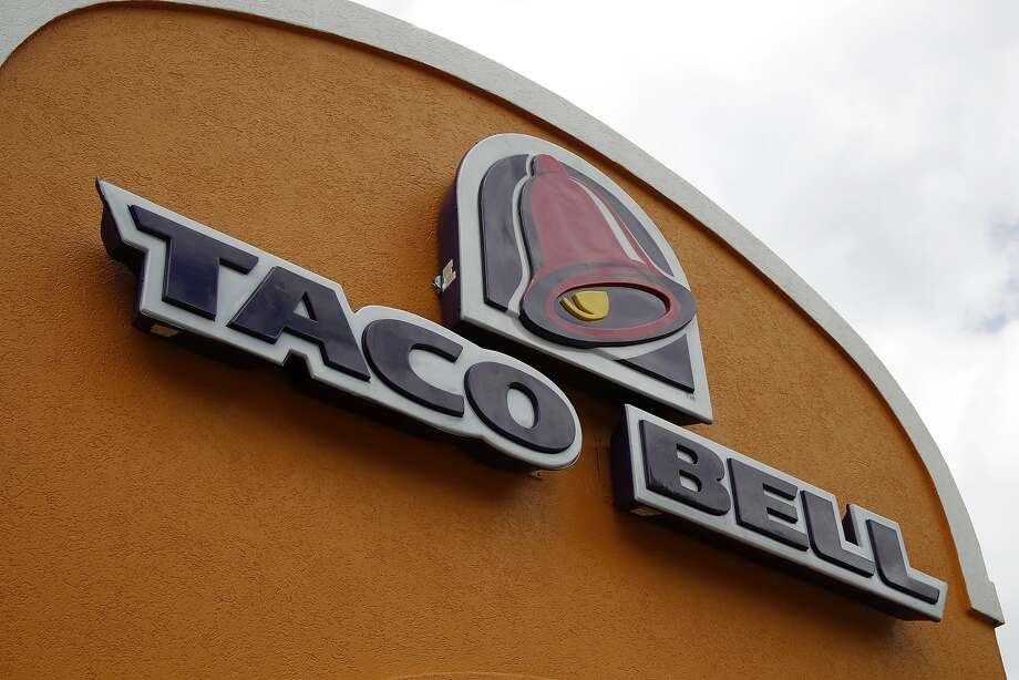 Taco Bell is testing a new 100% vegetarian menu that highlights its meat-free options in stores later this year. Photo: Gene J. Puskar, Associated Press