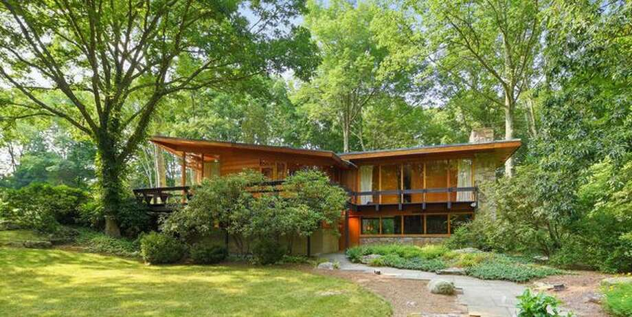 Moby Sells Midcentury Modern Home For 1 1m To Support His Favorite Causes Connecticut Post