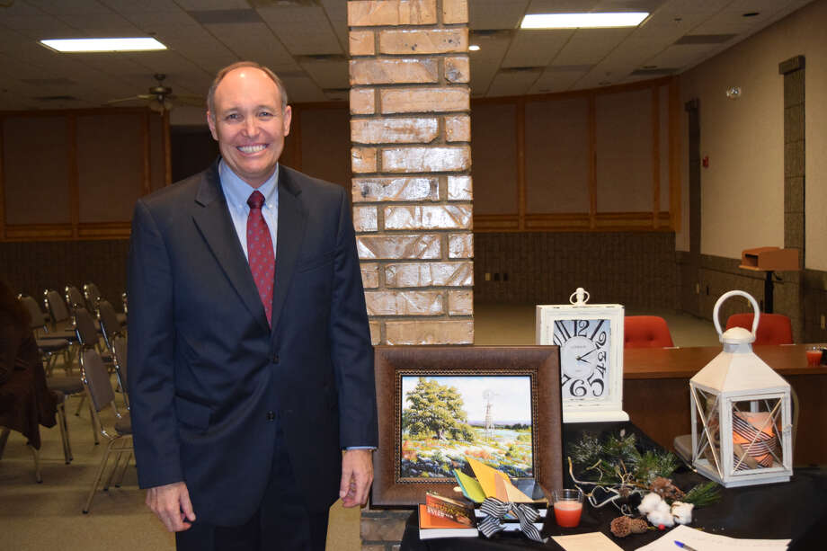 District Judge Robert W. Kinkaid, Jr., who has served in the position for 16 years, will retire on Dec. 31. Family, friends and colleagues celebrated his career with a retirement reception at the Justice Center on Friday. Photo: Ellysa Harris/Plainview Herald