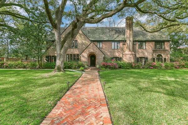 Broadacres Historic District 1324 North Boulevard Built: 1925 List price: $6.87 million