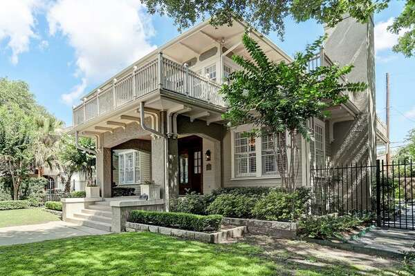 Audubon Place Historic District  902 Kipling Street Built: 1913 List price: $1.47 million