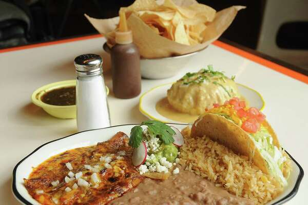 The El Lopez combination plate at Superica at 1801 N. Shepherd.