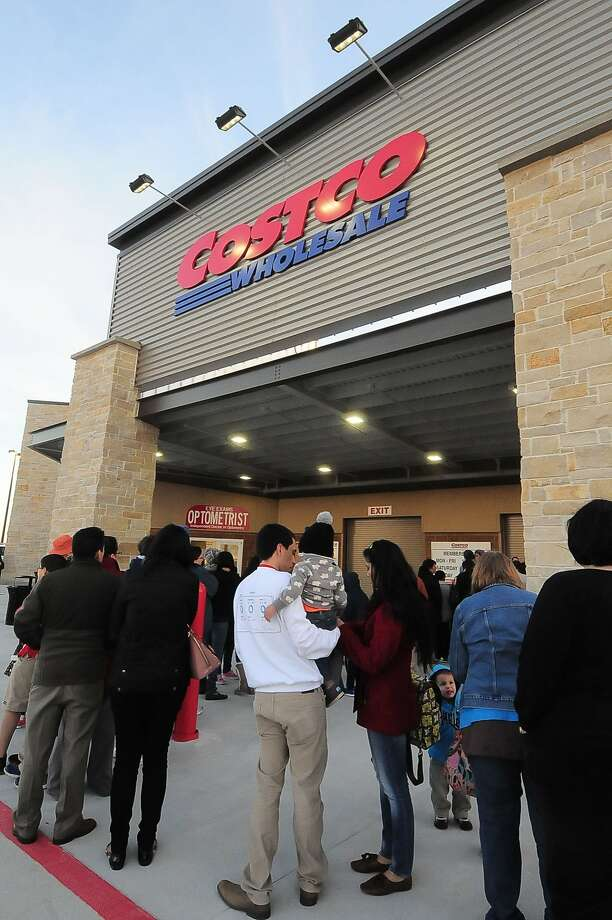 """Costco has discussed building a video-streaming service geared towards """"average Americans,"""" according to a CNBC report. Photo: © Tony Bullard 2014, Tony Bullard"""