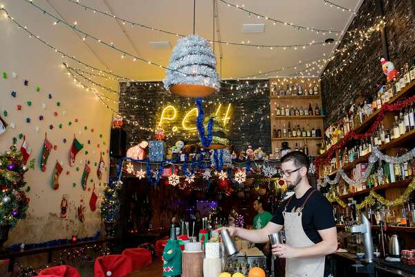4efeddfa515 Why are there so many holiday-theme pop-up bars? - SFChronicle.com