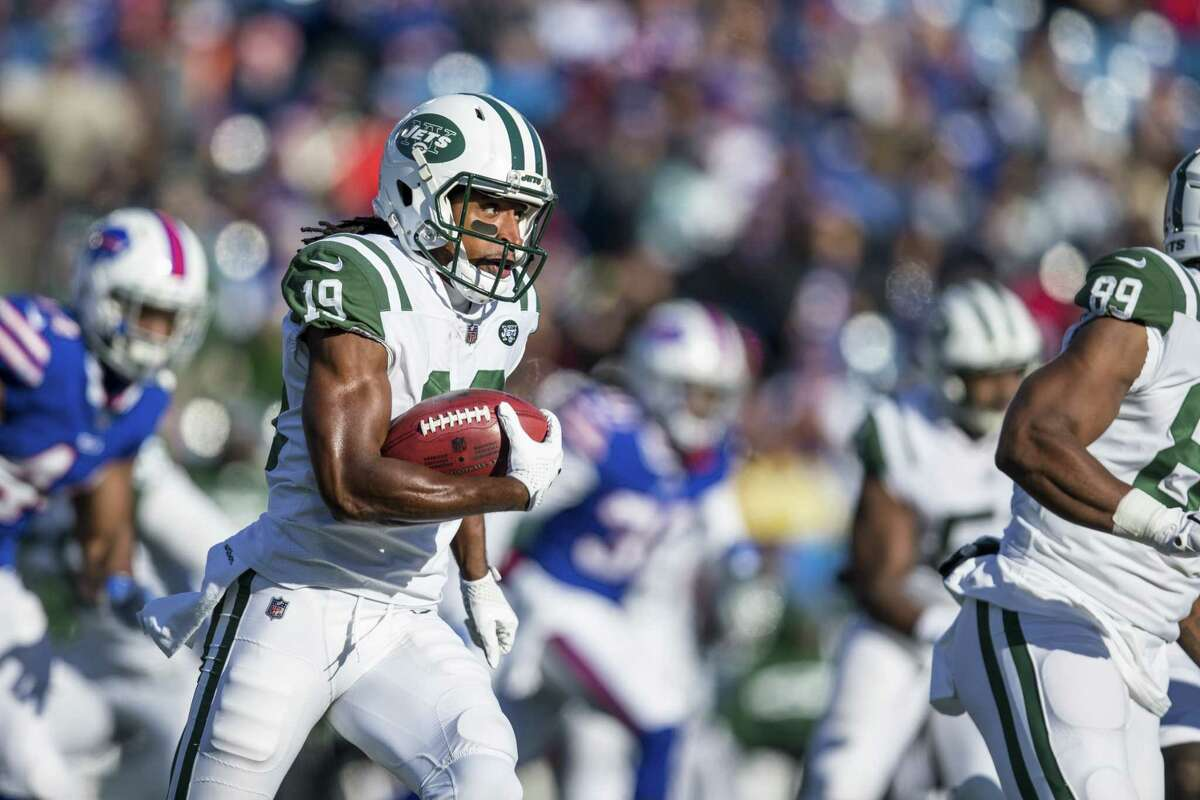 ORCHARD PARK, NY - DECEMBER 09: Andre Roberts #19 of the New York Jets runs with the ball during a kickoff return during the first quarter against the Buffalo Bills at New Era Field on December 9, 2018 in Orchard Park, New York. (Photo by Brett Carlsen/Getty Images)