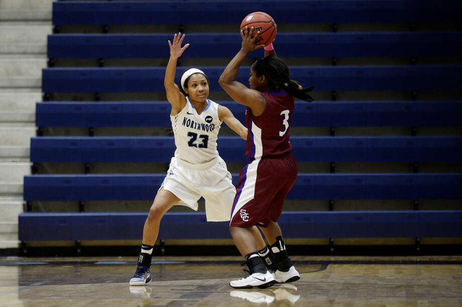 Northwood's Zakiya Wells applies some defensive pressure during a Nov. 12, 2016 game against St. Joseph's. Photo: Daily News File Photo