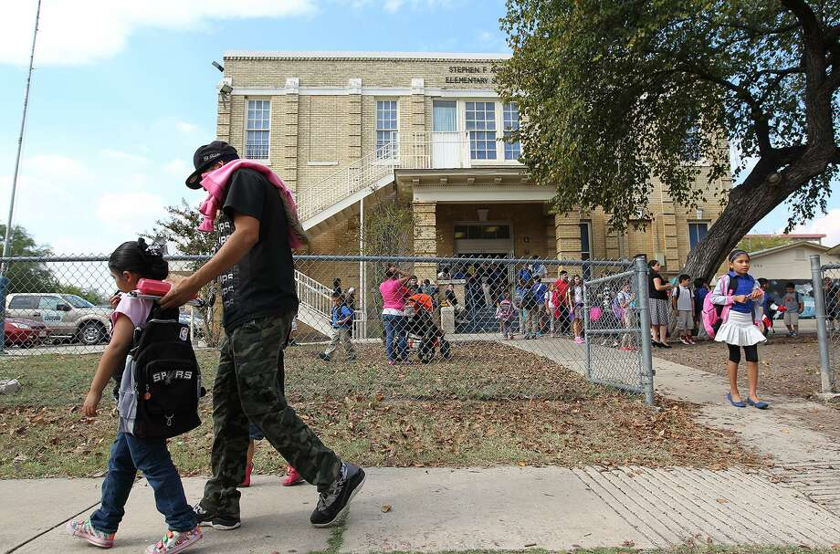The academic progress of displaced students is put in jeopardy when a school closes, and other negative consequences reverberate through the entire community. And school districts rarely see significant savings. Photo: Jerry Lara /Staff File Photo / © 2014 San Antonio Express-News