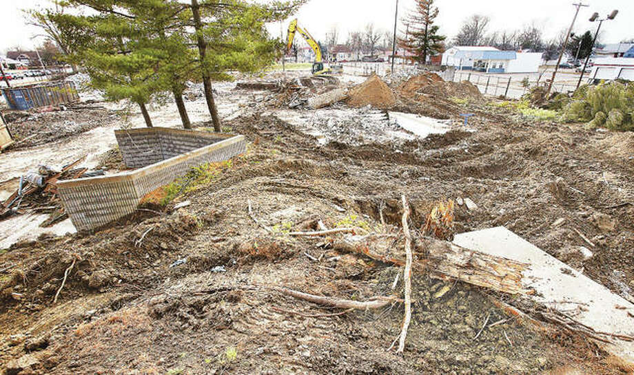 A new recreation center could be in the future of the former Wood River Aquatic Center property, seen here Wednesday from about where the water slide platform used to stand and looking toward the south. Photo: John Badman | The Telegraph