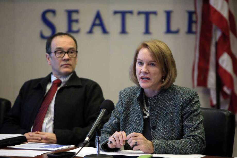 City officials, including Mayor Jenny Durkan, hold a media briefing on the upcoming closure of the Alaskan Way Viaduct, which will begin January 11, 2019. The new SR-99 tunnel is slated to open in February. Photographed Dec. 20, 2018. Photo: GENNA MARTIN, GENNA MARTIN, SEATTLEPI.COM / SEATTLEPI.COM