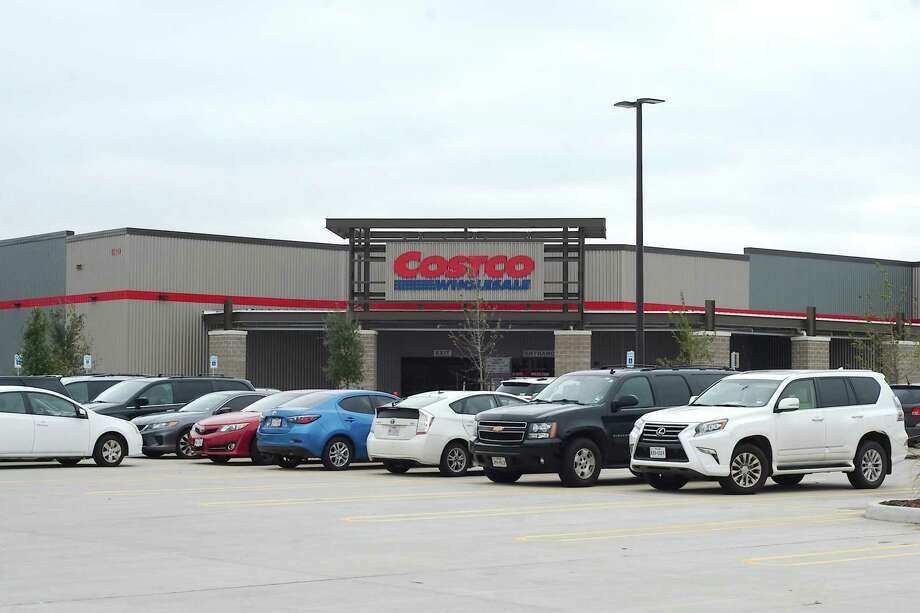 A city of Webster official has predicted that a Costco that opened in October at 1310 Jasmine in Webster near Interstate 45 will draw about 1 million retail shoppers annually. Photo: Kirk Sides / Staff Photographer / © 2018 Kirk Sides / Houston Chronicle