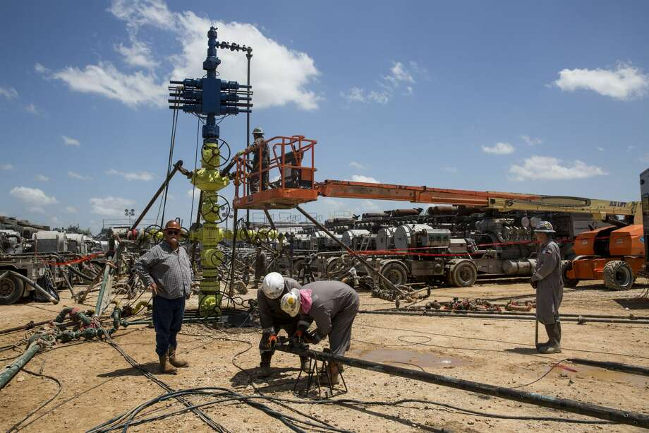 "Among the top three trends that could bring litigation risks to energy companies in 2019 is hydraulic fracturing and the rising risk of ""frac this"" that could interfere with another operator's neighboring well. Photo: Carolyn Van Houten"