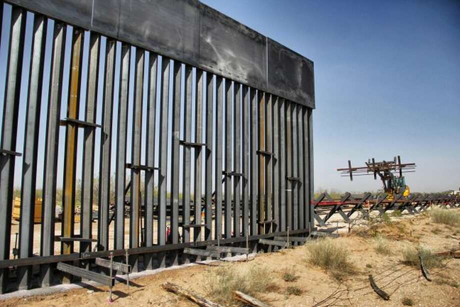 The issue of a wall along the US-Mexico border has spawned opposing GoFundMe campaigns. Photo: Herika Martinez/Getty Images