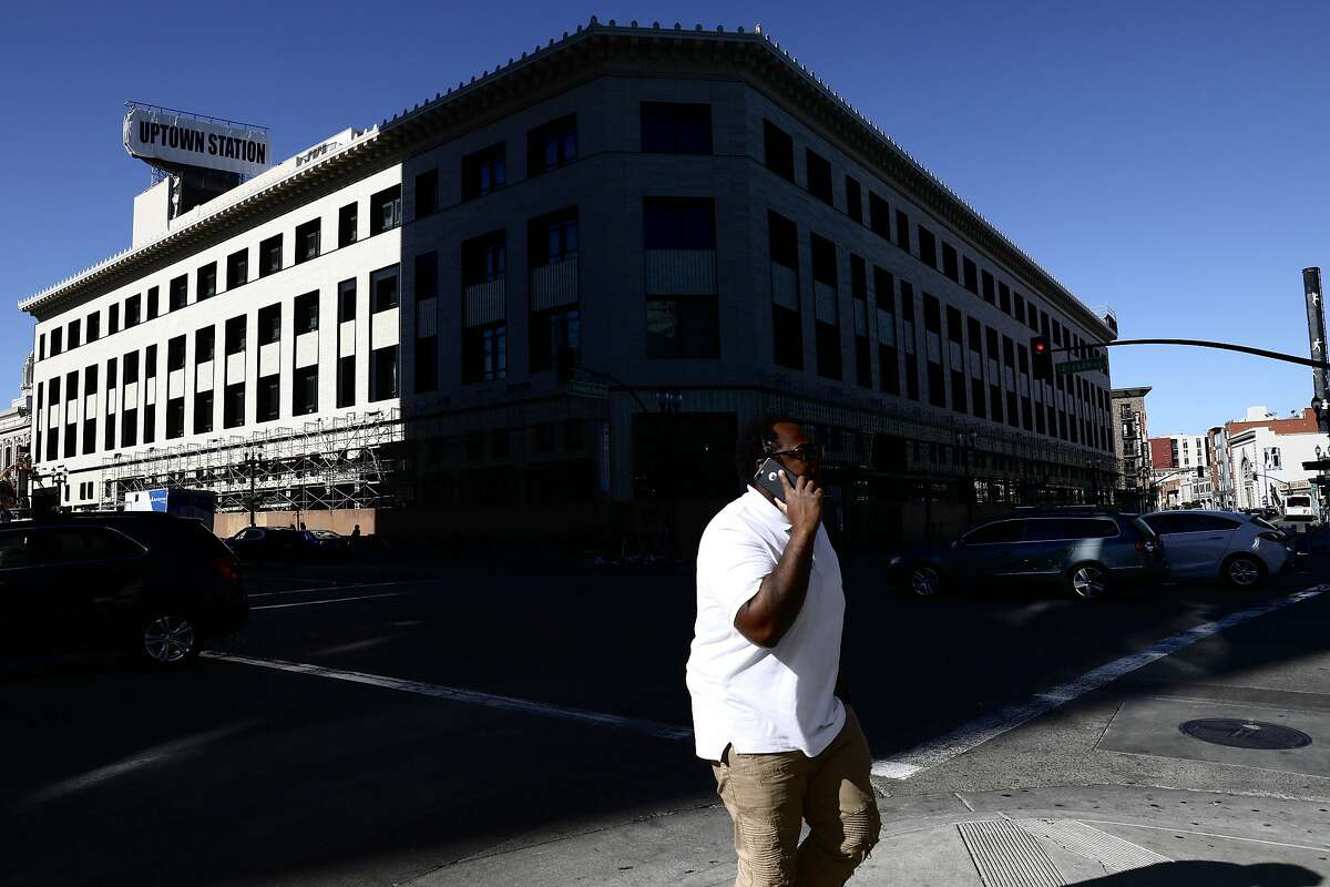 Square is leasing all of the office space in Oakland�s Uptown Station. The 356,000-square-foot expansion at 1955 Broadway will give the San Francisco company room for up to 2,000 employees, making it the largest tech tenant in Oakland.