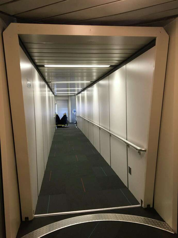 The refubished jetbridge and upgraded upstairs gate waiting area at Tweed New Haven Regional Airport await passengers when the service begins on Saturday, Dec. 22, 2018 Photo: Mark Zaretsky / Hearst Connecticut Media
