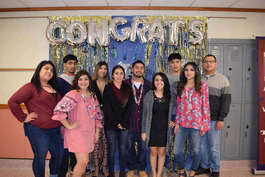 Ash graduates celebrated the end of high school with family, friends and educators Thursday. Photo: Ellysa Harris/Plainview Herald