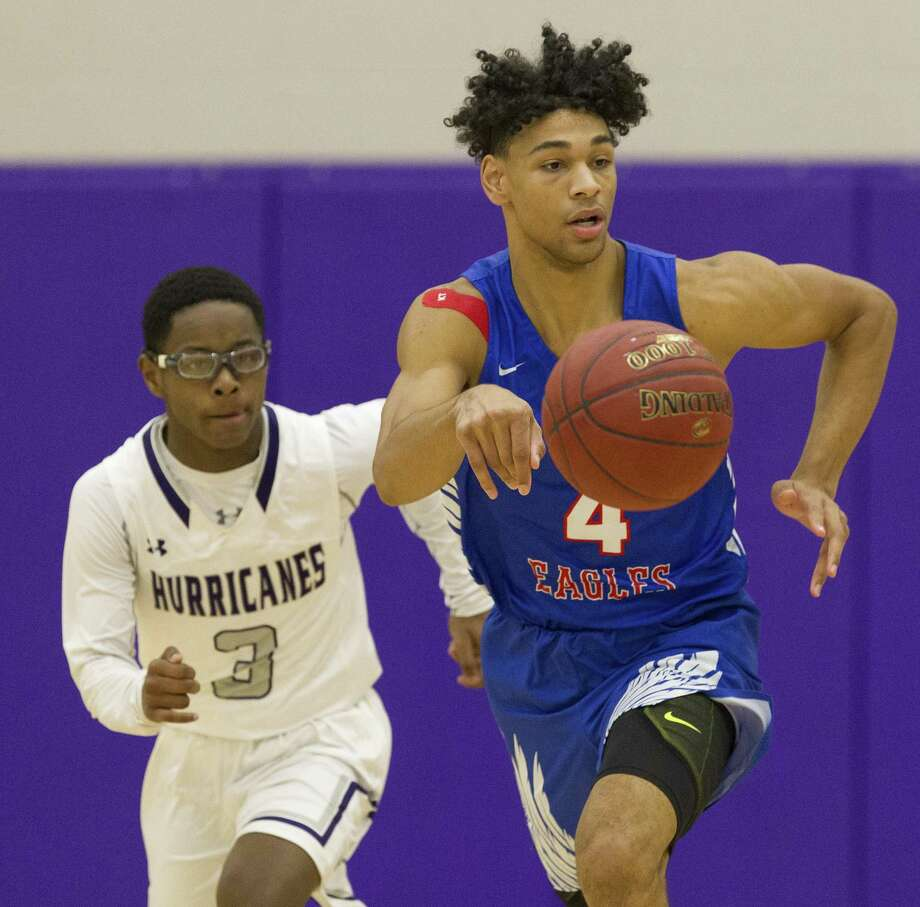 Oak Ridge's Griffin Datcher IV (4) is The Courier's Offensive MVP. In 2018-19, the sophomore averaged 17.2 points, 5.7 rebounds, 2.7 assists and 1.7 steals per game. Photo: Jason Fochtman, Houston Chronicle / Staff Photographer / © 2018 Houston Chronicle