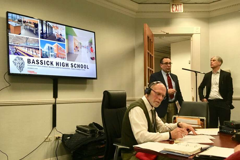 Architects for Perkins Eastman present to City School Building Committee in Bridgeport. Dec. 2018 Photo: Linda Conner Lambeck