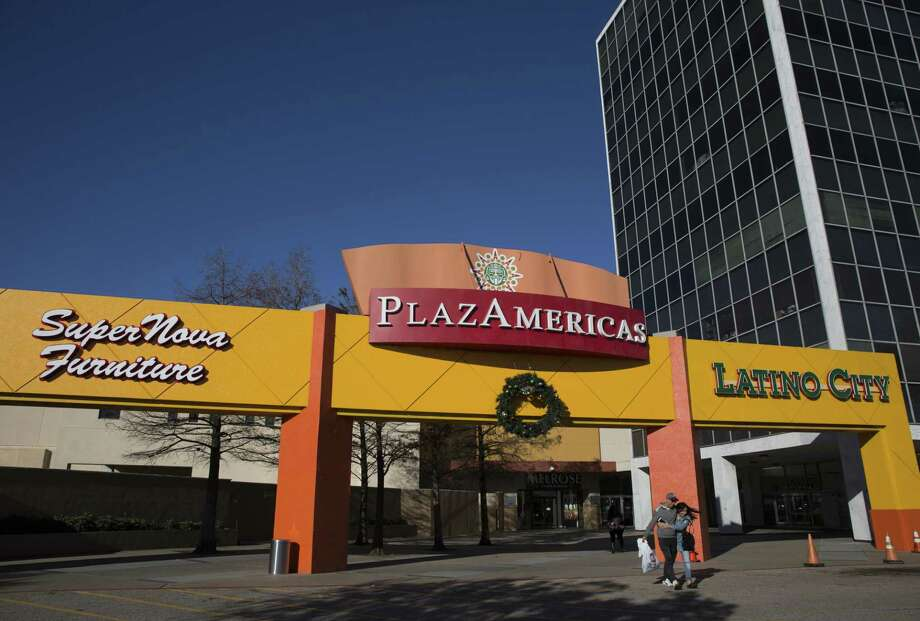 Baker Katz, a Houston-based full-service commercial real estate firm, has purchased PlazAmericas Mall, an 850,000-square-foot enclosed center, on Thursday, Dec. 20, 2018, in Houston. Photo: Yi-Chin Lee, Houston Chronicle / Staff Photographer / © 2018 Houston Chronicle