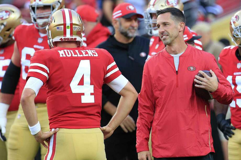 Head coach Kyle Shanahan speaks with Nick Mullens #4 of the San Francisco 49ers prior to their game against the Oakland Raiders at Levi's Stadium on November 1, 2018 in Santa Clara, California. Photo: Daniel Shirey / Getty Images / 2018 Getty Images