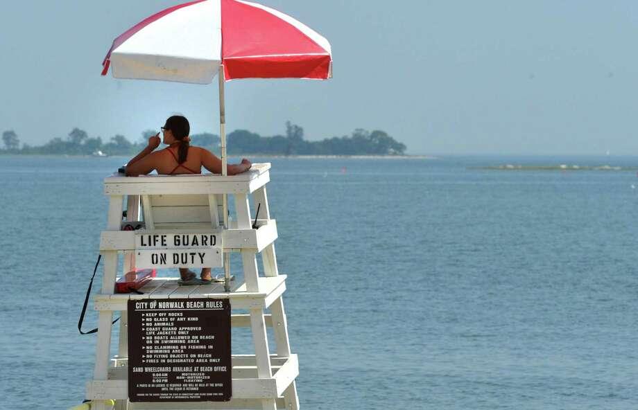 Connecticut recruiting lifeguards for summer season - The