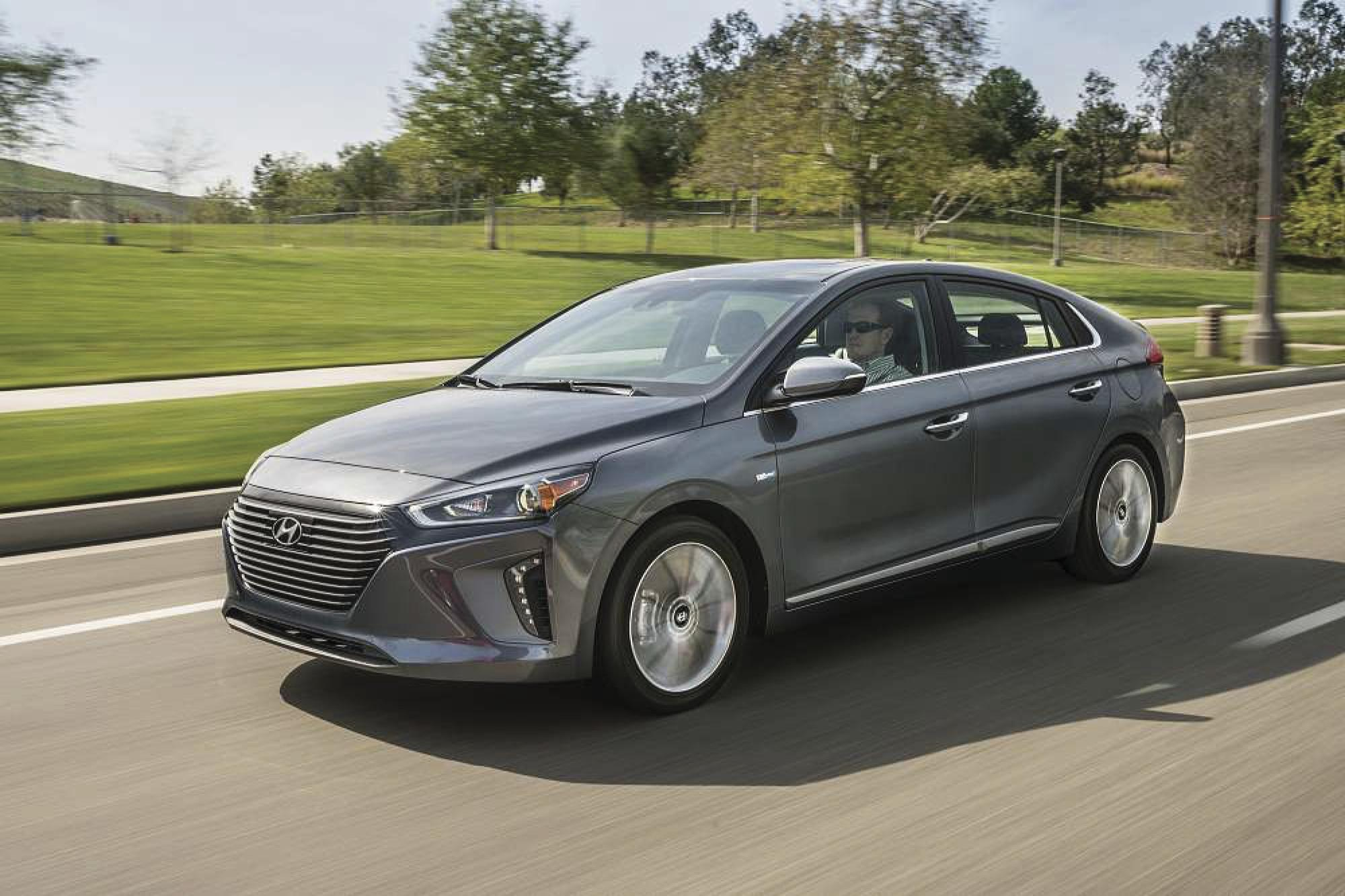 Ioniq Hybrid: Hyundai's three electrified powertrains bring high energy efficiency