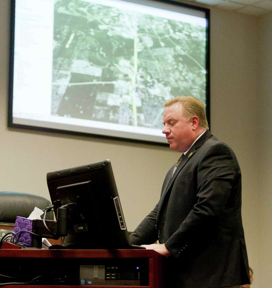 Tommy Wooley, director of capital projects and transportation for Conroe, presented updates to the city's 2045 Major Thoroughfare Plan during the council meeting Wednesday. Photo: Jason Fochtman, Staff Photographer / Houston Chronicle / © 2018 Houston Chronicle