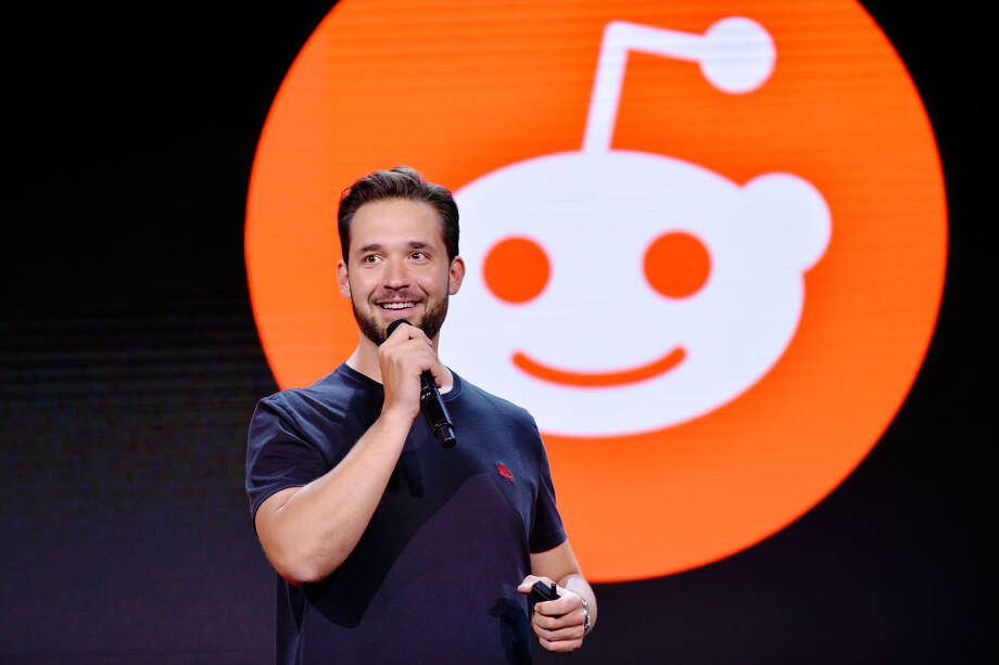 CEO of Reddit Alexis Ohanian attends WORLDZ Cultural Marketing Summit 2017 at Hollywood and Highland on July 31, 2017 in Los Angeles, California. Photo: (Photo By Jerod Harris/Getty Images For PTTOW!)