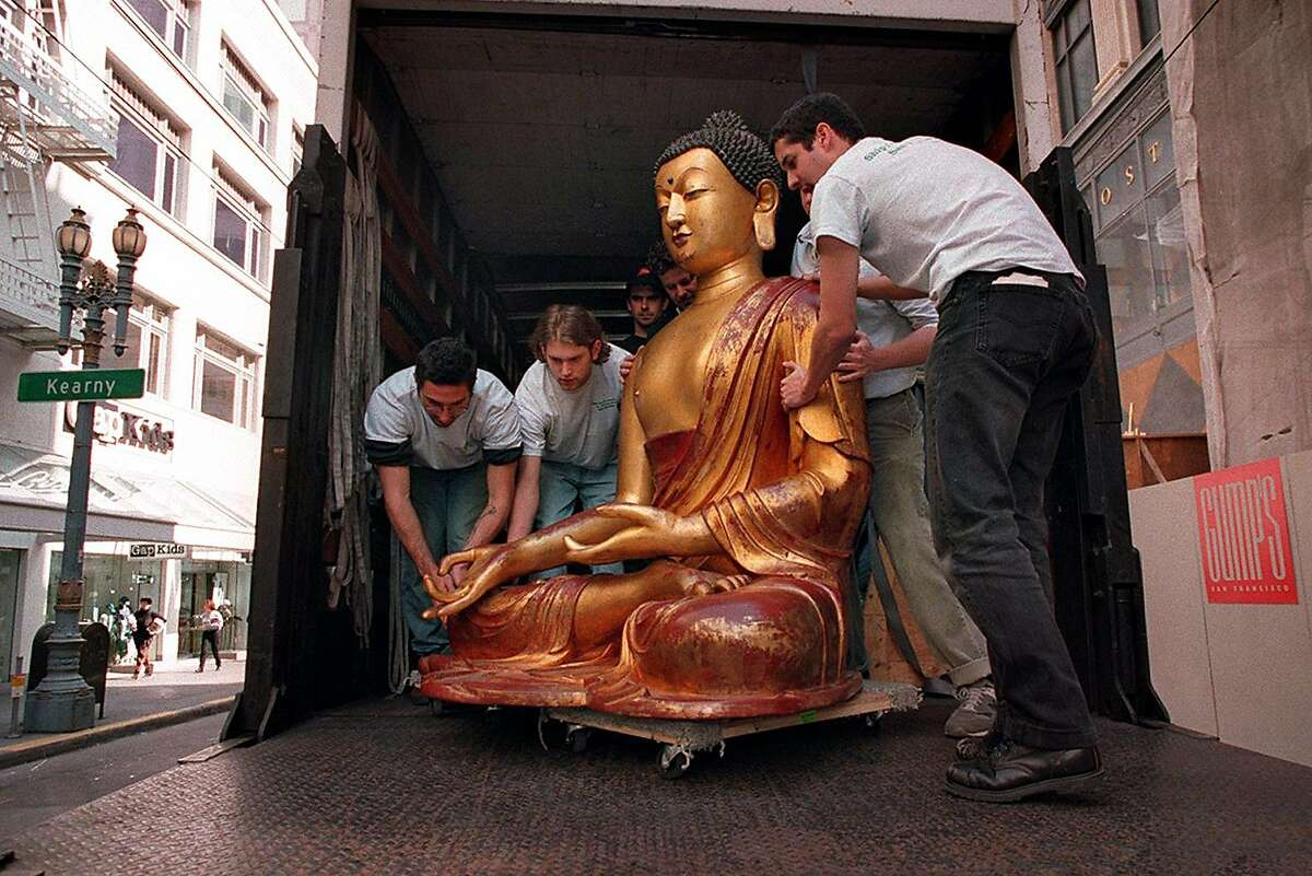 WORKERS BROUGHT OUT THE RESTORED BUDDHA STATUE TO GUMP'S NEW STORE ON POST STREET. PHOTO BY BRANT WARD/THE CHRONICLE