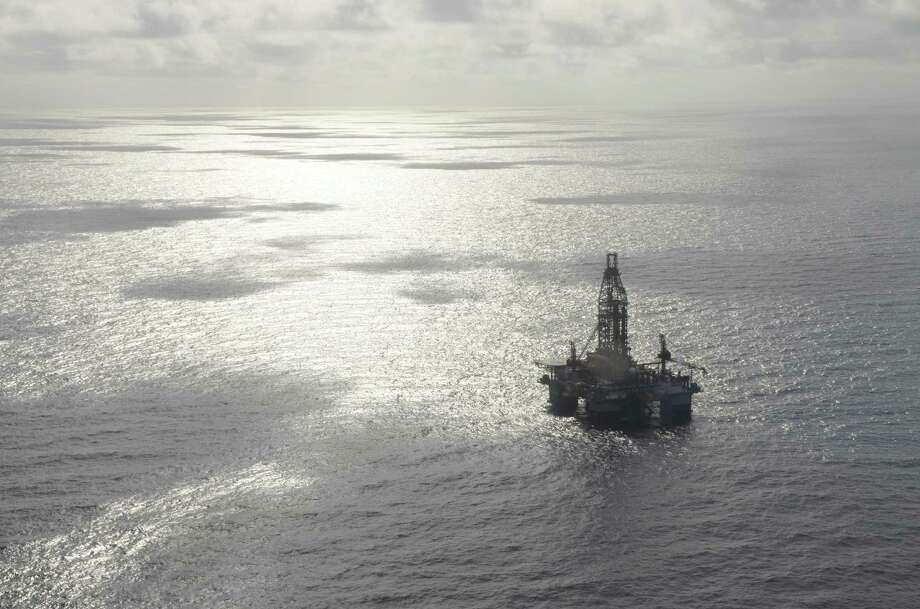 An aerial view of an Ensco 8502 drilling rig in the Gulf of Mexico. Photo: Jennifer A. Dlouhy / Houston Chronicle