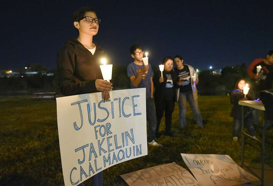 The Laredo Immigration Alliance holds a candle light vigil in remembrance of Jakelin Caal Maquin, Friday, Dec. 21, 2018 at Tres Laredos Park. Photo: Danny Zaragoza, Laredo Morning Times