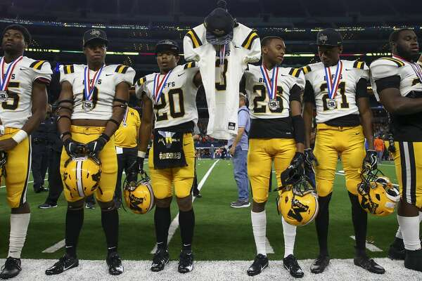 Fort Bend Marshall falls to Aledo in state title game