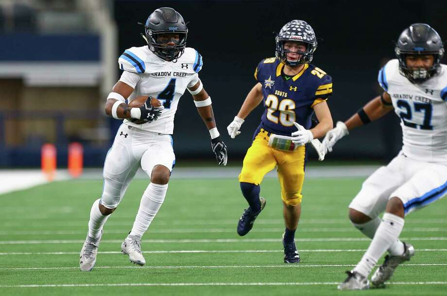 PHOTOS: Houston's top 100 high school football recruits in Class of 2020 Alvin Shadow Creek defensive back Xavion Alford (4) returns an intercepted pass against Dallas Highland Park during the first quarter of the 5A Division 1 State Championship at AT&T Stadium Saturday, Dec. 22, 2018, in Arlington, Texas. Dallas Highland Park won 27-17. >>>Browse through the photos to seethe top 100 high school football recruits in the Class of 2020 ... Photo: Godofredo A. Vasquez, Staff Photographer / 2018 Houston Chronicle