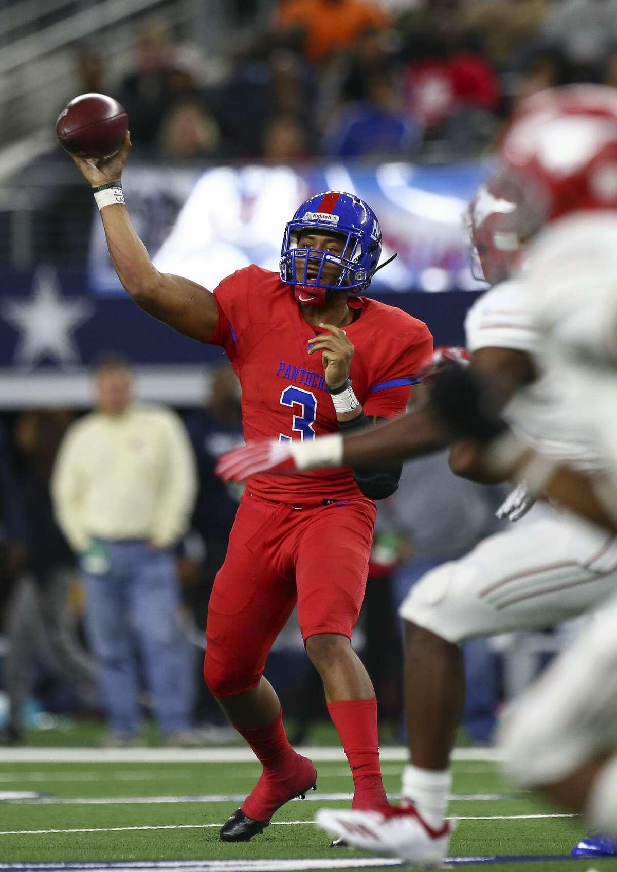 Duncanville quarterback Ja'Quinden Jackson (3) throws the ball against Galena Park North Shore during the third quarter of the 6A Division 1 State Championship against Duncanville at AT&T Stadium Saturday, Dec. 22, 2018, in Arlington, Texas. Galena Park North Shore won 41-36.