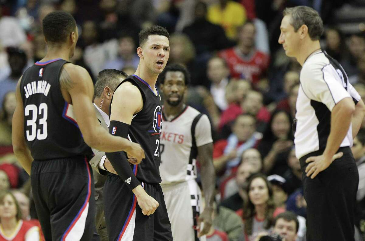 LA Clippers guard Austin Rivers (25) looks at official J.T. Orr after being ejected from the game during the first half of NBA game action between Los Angeles Clippers vs. Houston Rockets on Friday, Dec. 30, 2016, in Houston. ( Elizabeth Conley / Houston Chronicle )