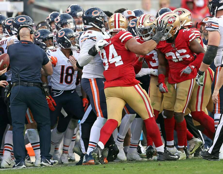 Melee in Bears-49ers game leads to 3 ejections - The Edwardsville  Intelligencer 6bfc28921