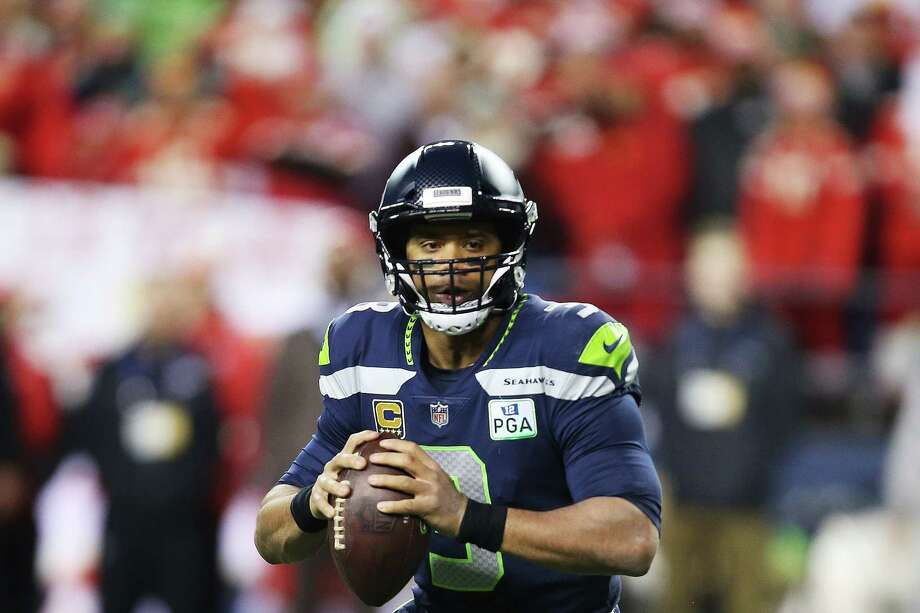 Seahawks quarterback Russell Wilson looks to throw in the second quarter of  Seattle's game against Kansas City, Sunday, Dec. 23, 2018. Photo: GENNA MARTIN, SEATTLEPI.COM / SEATTLEPI.COM