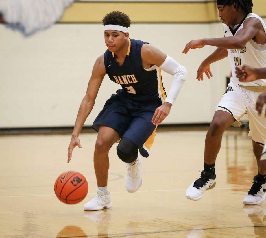 Cy-Ranch's Ethan Mayes (3) drives downcourt during the varsity boys basketball game against Conroe on Tuesday, Nov. 21, 2017, at Conroe High School. Photo: Michael Minasi, Staff Photographer / Houston Chronicle / © 2017 Houston Chronicle