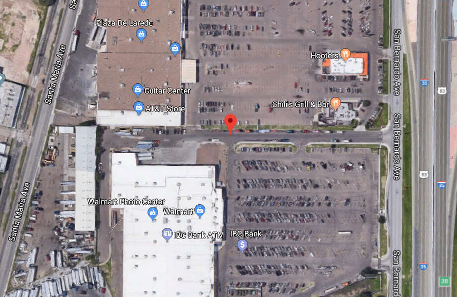 Authorities said they discovered an elderly man deceased in a vehicle in central Laredo Monday morning. Photo: Google Maps